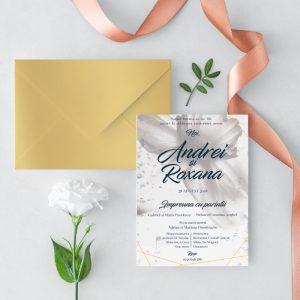 Invitatie White Petals Auriu 2 uniquecards.ro